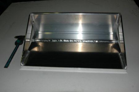 アルミ溶接構造物(ベースフレーム)