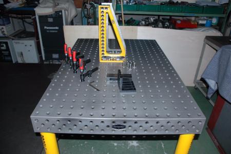 こんな道具が欲しかった!溶接にあれば便利の良い定盤?